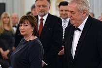 Prezidentský pár Miloš a Ivana Zemanovi v pátek opět uspořádá na Pražském hradě reprezentační ples.