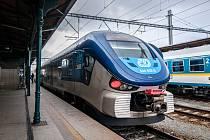Vlak, železniční doprava. Ilustrační foto