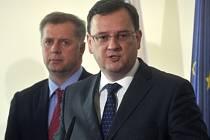 Ministr zemědělství Petr Bendl a premiér Petr Nečas