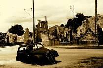 Francouzská vesnice Oradour-sur-Glane v červnu 1944.