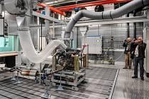 Automobilka Škoda Auto 4. září v Mladé Boleslavi otevřela nové centrum pro vývoj a testování agregátů za 45 milionů eur (zhruba 1,2 miliardy korun). V centru vzniklo 21 nových zkušebních stanic pro testování motorů a komponentů.