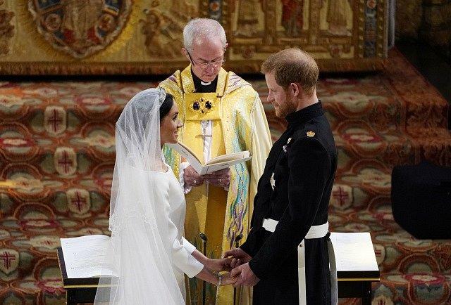 Princ Harry a Meghan Markleová jsou svoji