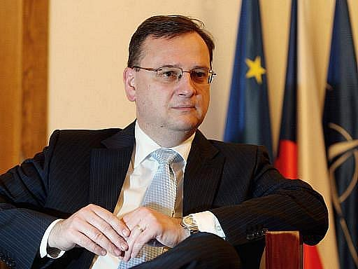 Ministr dopravy Vít Bárta se veřejně omluvil premiéru Petru Nečasovi za kauzu kolem údajného sledování politiků ODS jeho bývalou firmou ABL.
