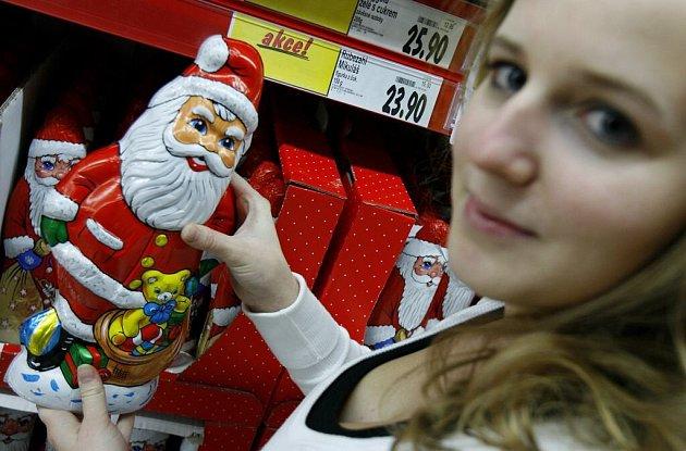 Prodej vánočního zboží začal.