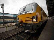 České dráhy pokřtily vlakové soupravy RegioPanter a RegioShark.