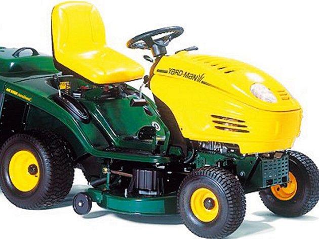 Takový traktor mohou vyhrát soutěžící s Deníkem.