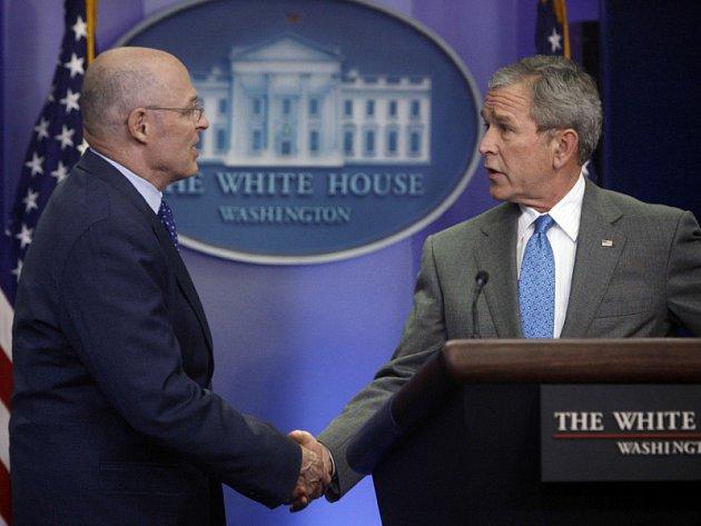 George Bush se setkal na konferenci o balíku opatření s ministrem financí Henrym Paulsonem.