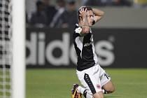 Václav Kadlec z Frankfurtu po neproměněné šanci proti Maccabi Tel Aviv.