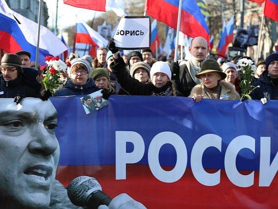 Lidé v Moskvě si připomínali smrt Borise Němcova.