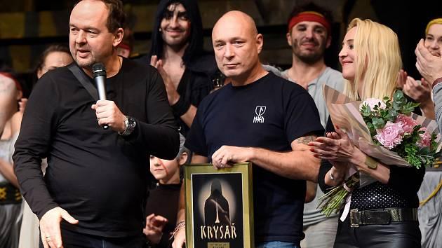 Vladimír Kočandrle za vydavatelství Warner Music, Daniel Landa a Mirjam Landa