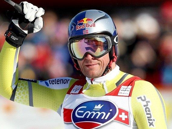 Aksel Lund Svindal získal na domácím kopci malý křišťálový globus za Super-G.