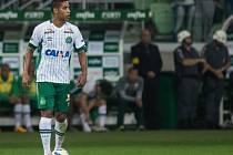 Neto je jeden ze tří hráčů Chapecoense, kteří přežili pád letadla v Kolumbii.