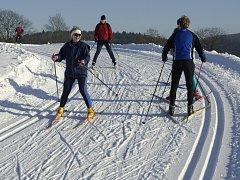 Většina lyžařů se už těší na nadcházející sezonu. Co pro ně připravily areály nového?