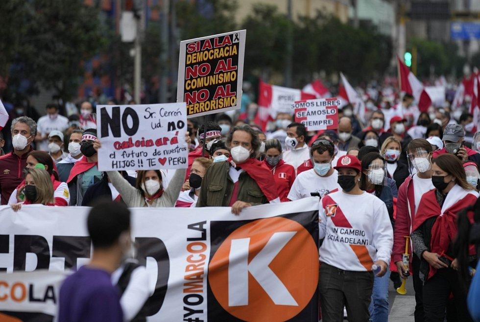 Peruánci si volí novou hlavu státu