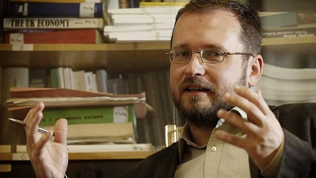 Ředitel Ústavu hospodářských a sociálních studií Filozofické fakulty Univerzity Karlovy Michal Pullmann.