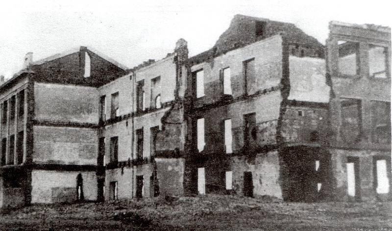 Další škola, která během německé okupace podlehla v Taganrogu zkáze