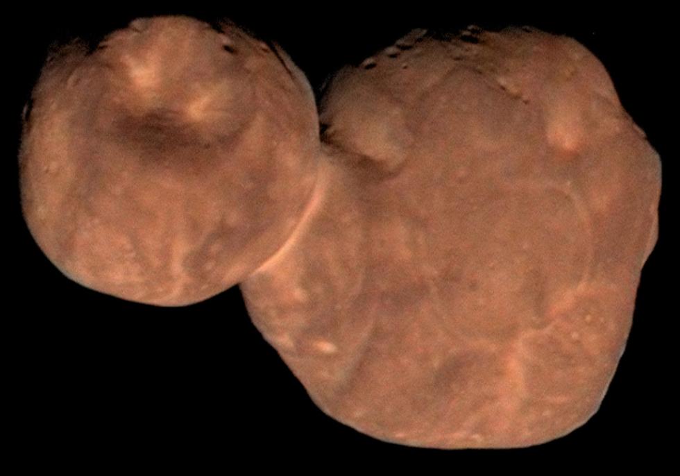 486958 Arrokoth, první nedotčená planetesimála,  k níž se přiblížila vesmírná loď