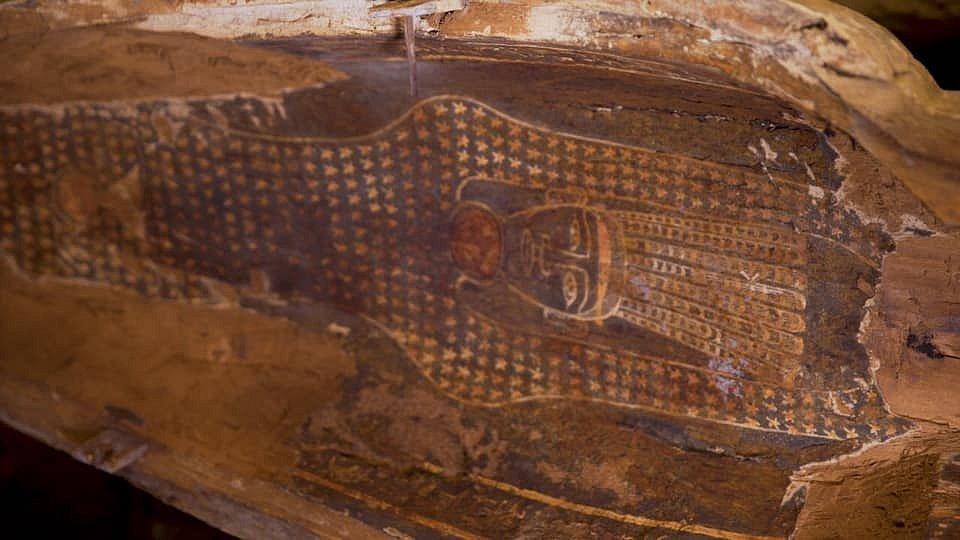 Sarkofágy jsou výjimečné tím, že jsou zcela nedotčeny