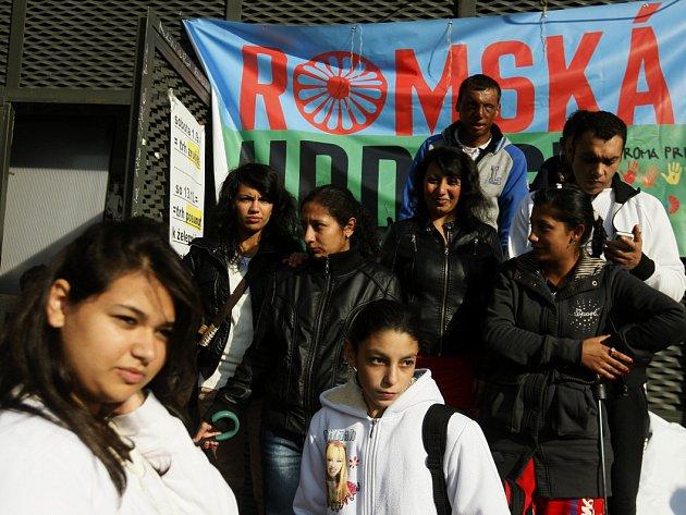 Pochod romské hrdosti Roma Pride prošel 7. října 2012 centrem Prahy.