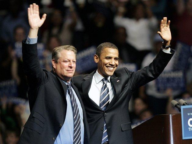 Al Gore vyslovil podporu Baracku Obamovi.
