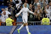 Cristiano Ronaldo a jeho radost z jednoho z gólů do sítě Elche