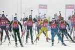 Start biatlonové štafety žen na SP v Oberhofu