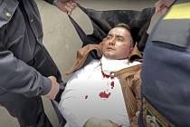 Běloruský aktivistaScjapan Latypav, který se během soudního jednání pokusil o sebevraždu