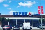 Útok ve Francii. Supermarket, kde došlo k útoku.