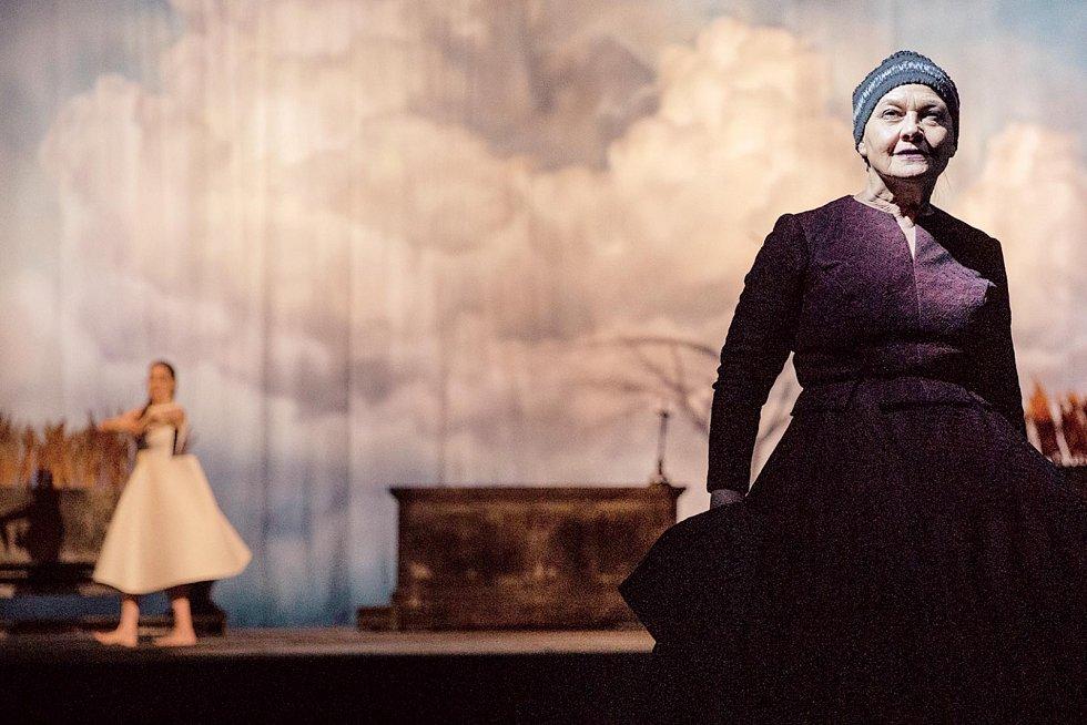 Na jevišti Národního divadla v Praze ji můžete vidět v Kytici.