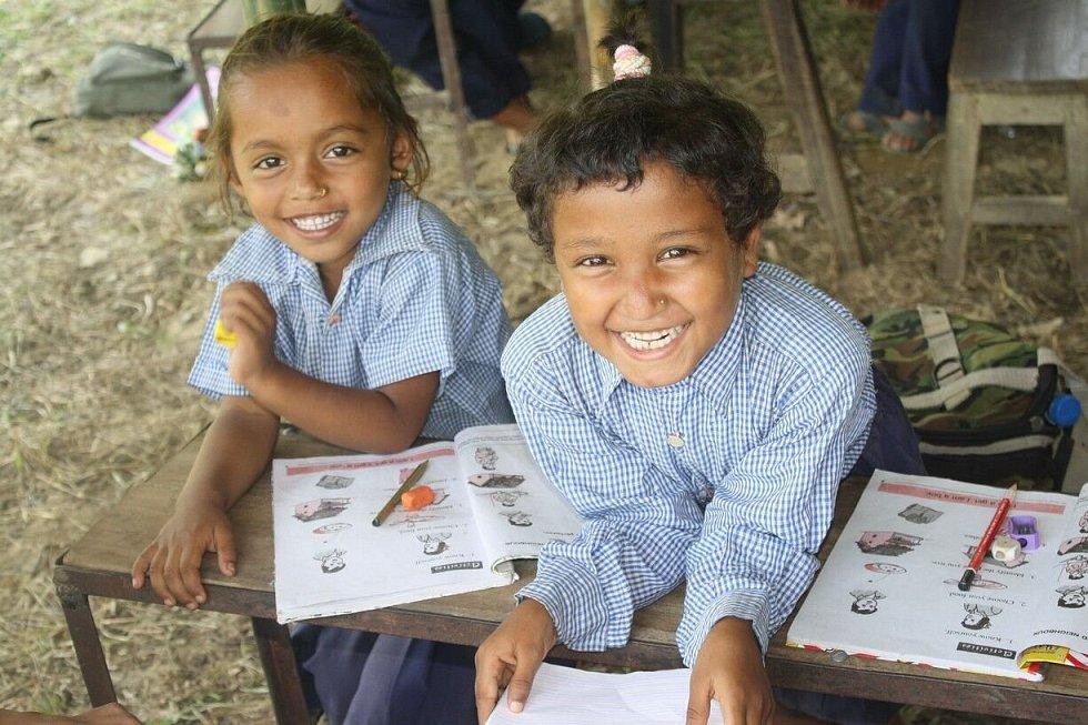 Člověk v tísni mohl před pěti lety začít pomáhat v Nepálu také dík dárcům, kteří přispívají do jeho Klubu přátel.