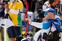 Lukostřelci David Drahonínský s Šárkou Musilovou získali zlato na paralympiádě v Tokiu.