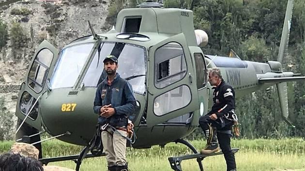 Pákistánští záchranáři čekají na možnost vyproštění dvou českých horolezců a Pákistánce, kteří uvázli 12. září 2021 při sestupu z hory Rakapoši v Pákistánu