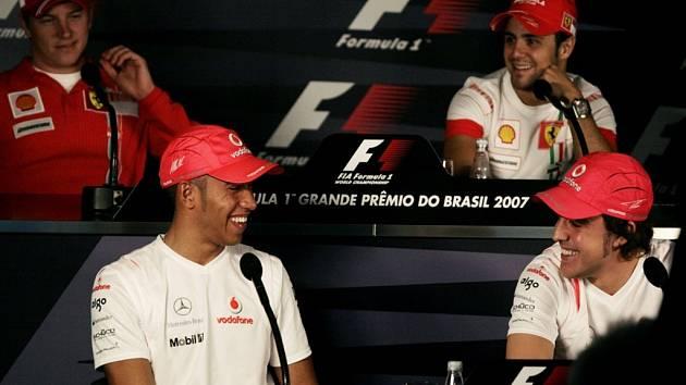 Na tiskové konferenci před Velkou cenou Brazílie bylo veselo.