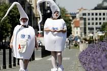Celkem je nyní v Česku 1108 HIV pozitivních, AIDS onemocnělo 239 lidí.