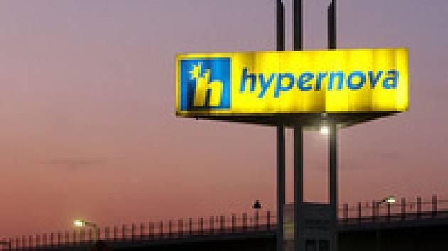 Nejvíc loni vydělal Ahold, který v tuzemsku provozuje obchody Hypernova a Albert