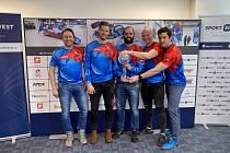 Tým bobistů se chlubí trofejí za třetí místo v celkovém hodnocení Světového poháru.