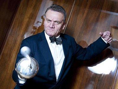 BOHUSLAV SVOBODA (68), primátor hl. města Prahy za ODS