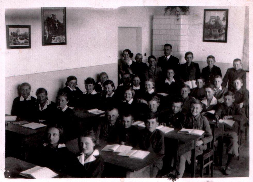 Česká škola v Lucku