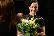 Vyhlášení divadelních Cen Alfréda Radoka za rok 2013 8. března v Praze. Na snímku Tereza Vilišová, která převzala hlavní cenu v kategorii Ženský herecký výkon za roli Amy v inscenaci Můj romantický příběh.