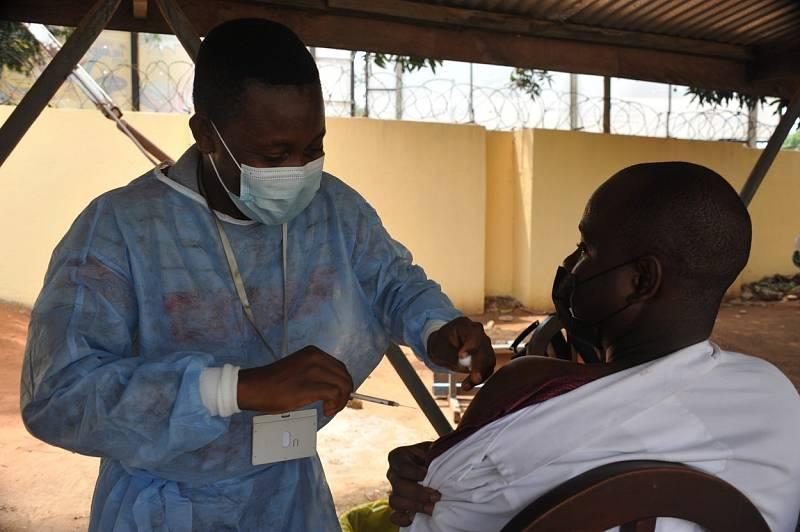 Očkování proti koronaviru v Ghaně