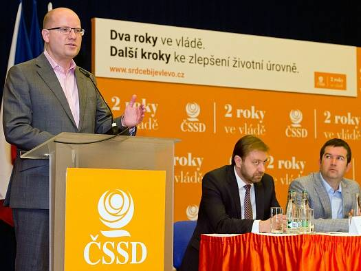 Bohuslav Sobotka, Roman Sklenák a Jan Hamáček.