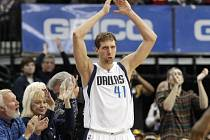 Dirk Nowitzki z Dallasu.