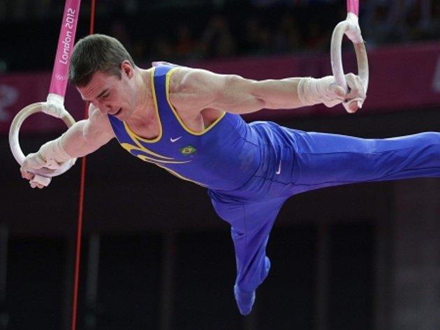 Brazilský gymnasta Arthur Nabarrete Zanetti se stal v Londýně olympijským vítězem na kruzích.