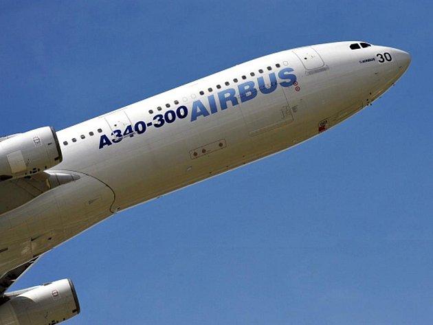 Airbus A340-300. Ilustrační foto.