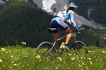 Tereza Huříková vyhrála úvodní etapu Alpentour Trophy.