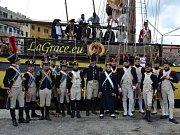 Při oslavách dvoustého výročí od začátku Napoleonova exilu na Elbě účinkovala i česká plachetnice La Grace.