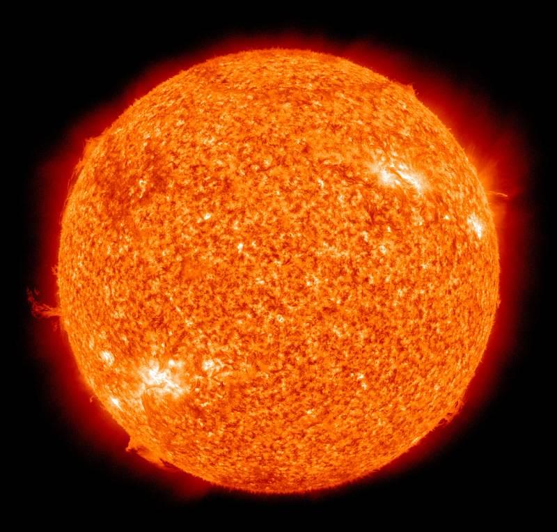 Slunce by údajně svou rozlohou pojalo přes milion planet Zemí, existují však objekty, které jsou ještě mnohonásobně větší.