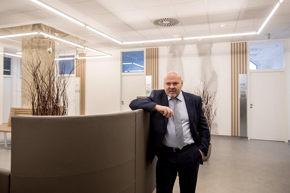 Profesor Pavel Kolář.