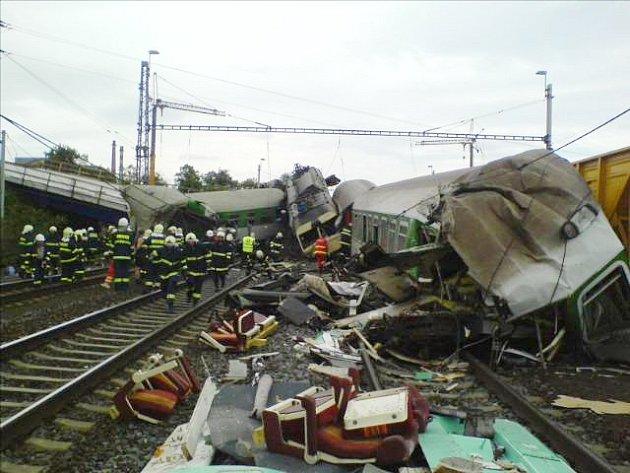 Tragická nehoda vlaků u Studénky.