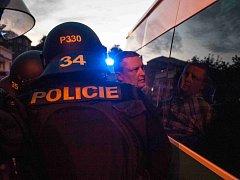 Při demonstracích v Ostravě policie zatkla 21 lidí.